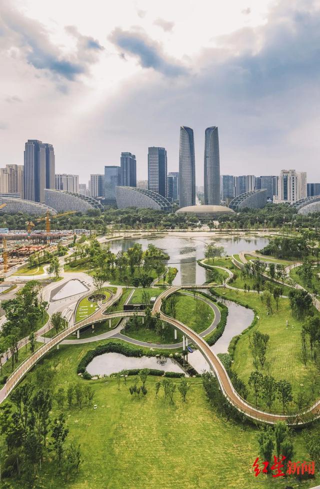 8建设生态惠民示范城市.jpg