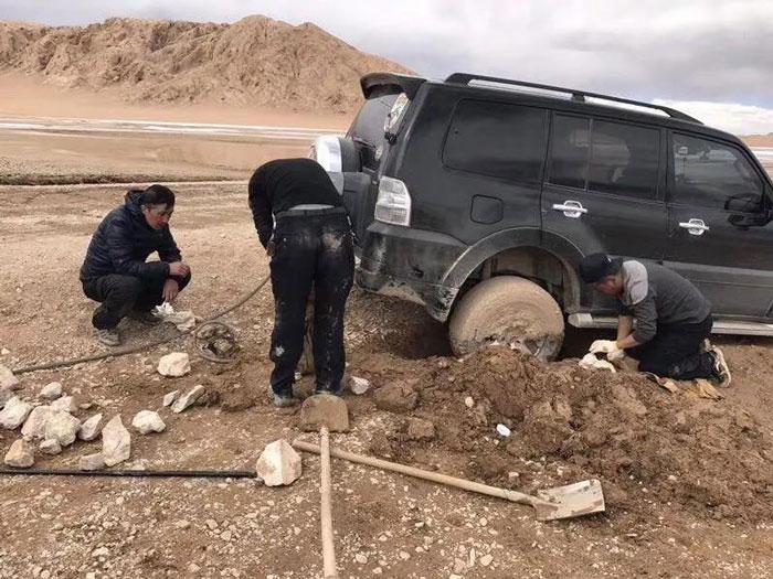 西藏自驾陷车2